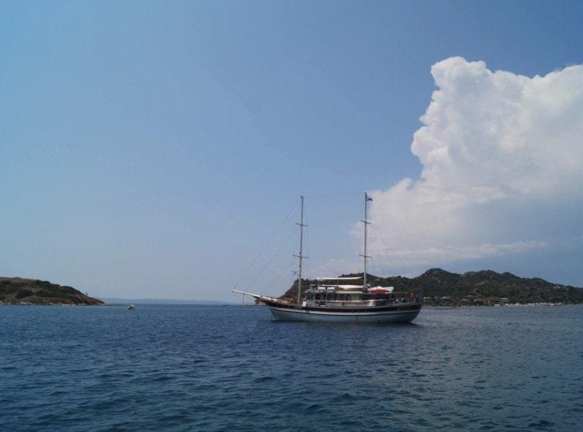 amouliani_athos-cruises2