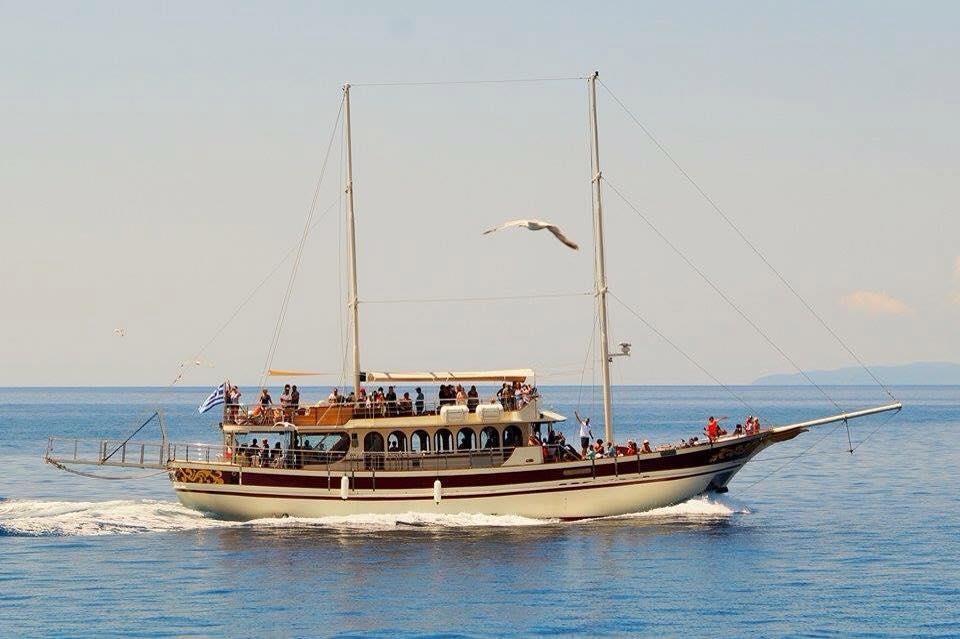cruises-halkidiki1