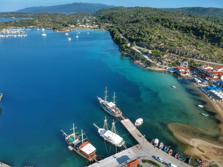 Ormos Panagias: 4 great activities for the sea lovers