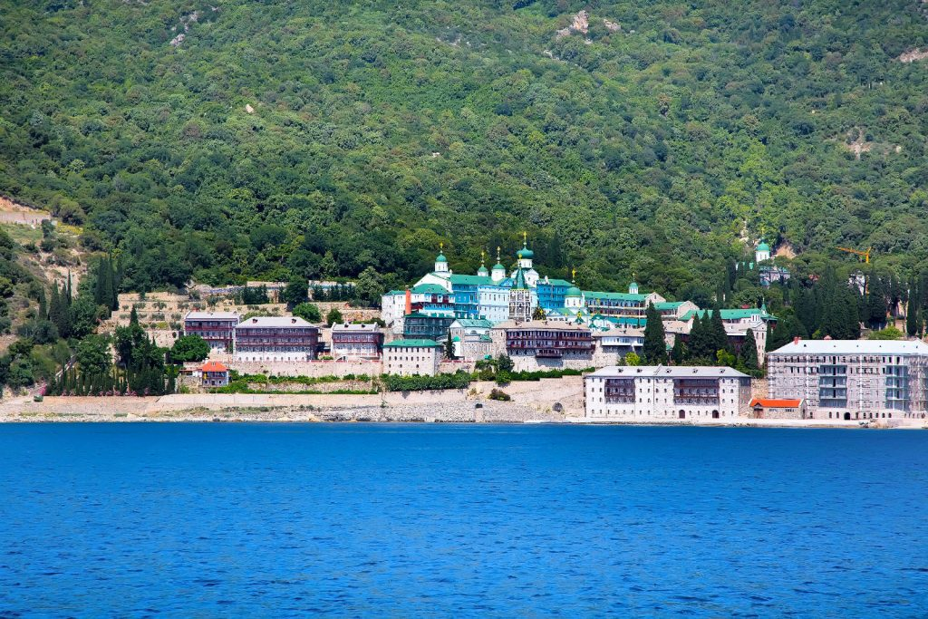 Cruise in the most important monastic state in the Orthodox East