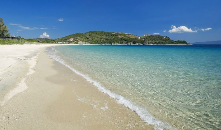 The best 5 beaches of Ammouliani