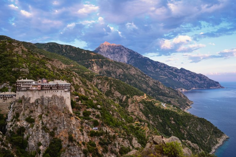 The 20 monasteries of Mount Athos, a super guide