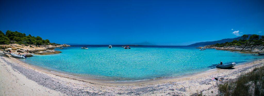 Diaporos island beach